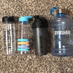 Set of 4 Gymshark & Victoria's Secret Waterbottles